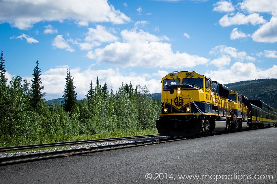 Live Train tracks